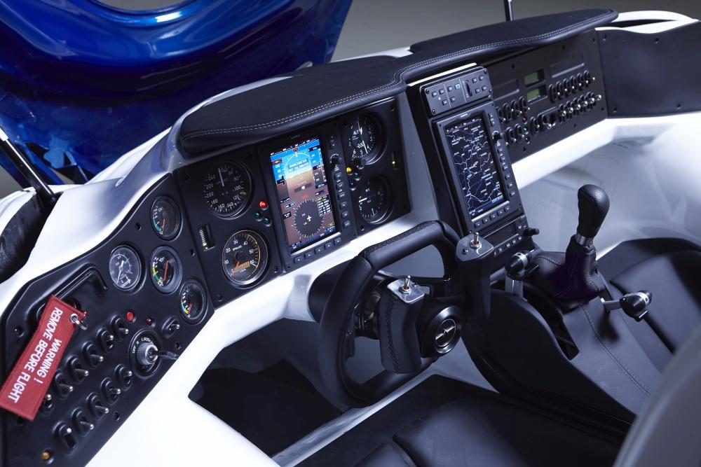 AeroMobil interior